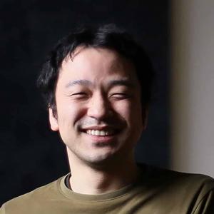 信岡 良亮 氏